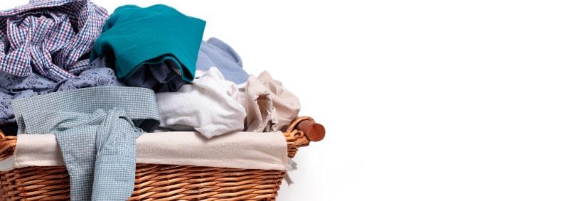 Cómo quitar olor a humedad de la ropa
