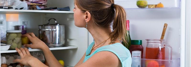 ¿Cómo quitar el mal olor de la nevera?