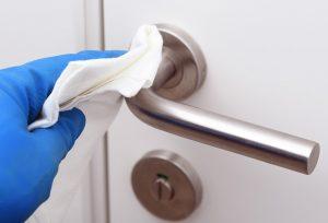Descubre los 6 puntos calientes del hogar que no debes olvidar desinfectar